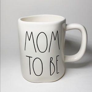 NWT Rae Dunn MOM TO BE LL Mug